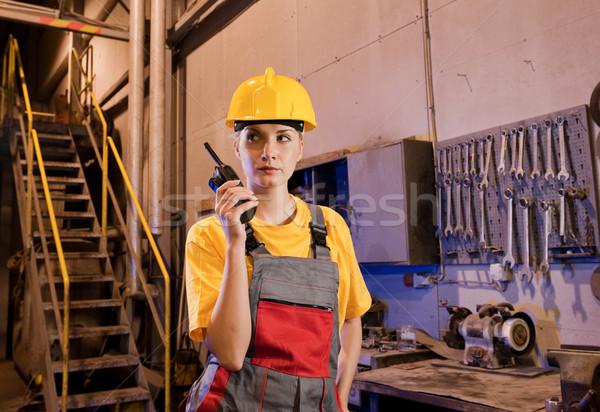 女性 工場労働者 話し ラジオ 電話 女性 ストックフォト © Nejron