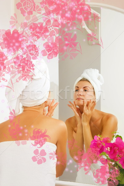 Beautiful girl cara mulher corpo cabelo massagem Foto stock © Nejron