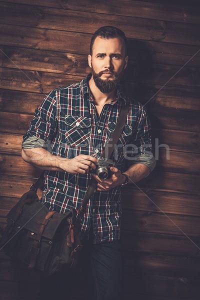 Férfi hírnök táska kamera ház farm Stock fotó © Nejron