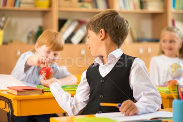 Piccolo ragazzo mela un altro lezione Foto d'archivio © Nejron
