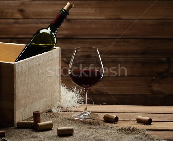 бутылку стекла деревянный стол вино красный Сток-фото © Nejron
