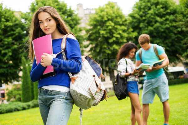 Mooie jong meisje student stad park zomer Stockfoto © Nejron