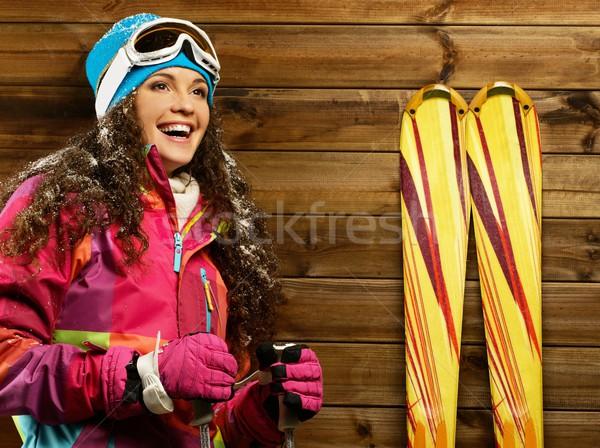 笑顔の女性 立って 木製 家 壁 女性 ストックフォト © Nejron