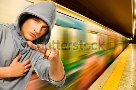 Jonge knap mannen buitenshuis man stad Stockfoto © Nejron