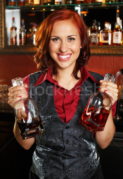 Mooie flessen achter bar counter Stockfoto © Nejron