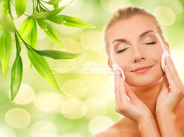 Gyönyörű fiatal nő kozmetika nő arc természet Stock fotó © Nejron