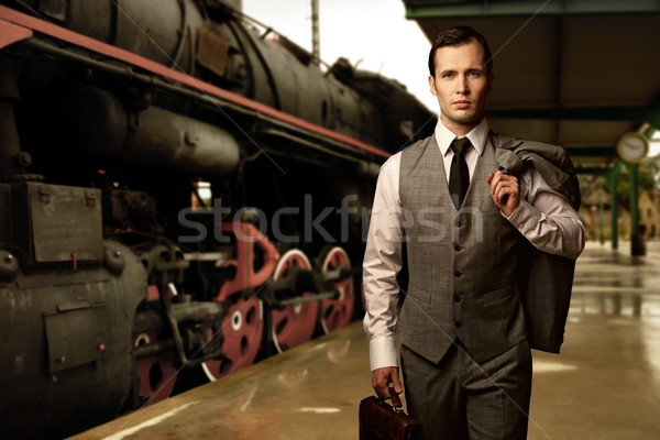 человека портфель железнодорожная станция бизнеса работу бизнесмен Сток-фото © Nejron