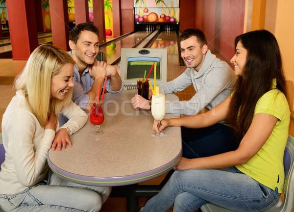 Grupo quatro jovem sorridente pessoas Foto stock © Nejron