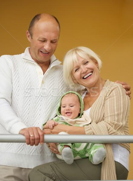 Grands-parents petit-enfant famille bébé fond mère Photo stock © Nejron
