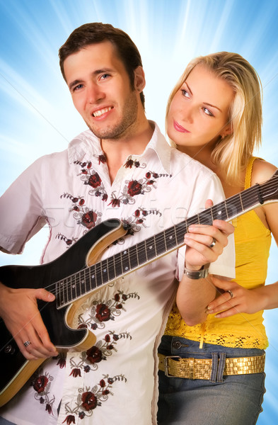 Jonge muzikant gitaar mooie blond meisje Stockfoto © Nejron