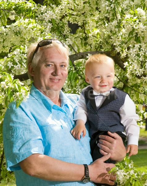Szczęśliwy dziadek wnuk odkryty wiosną twarz Zdjęcia stock © Nejron
