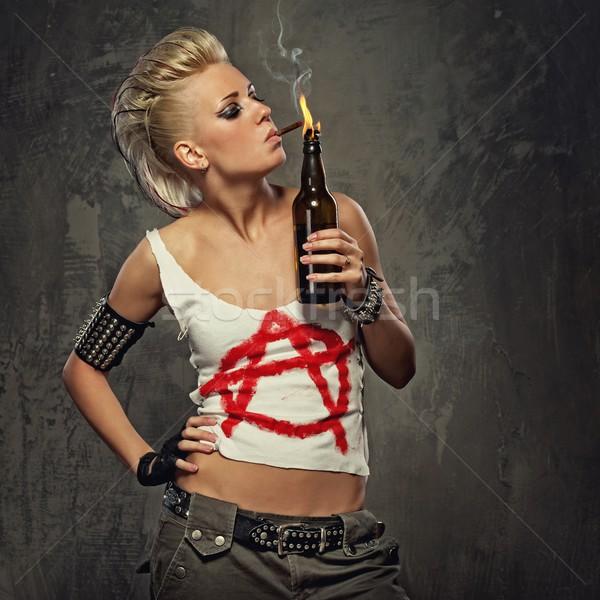 Stockfoto: Punk · meisje · roken · sigaret · vrouw · gezicht