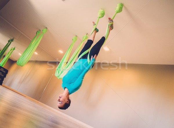 Photo stock: Jeune · femme · yoga · exercice · corps · santé