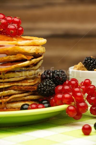 здорового завтрак свежие Ягоды мюсли Сток-фото © Nejron