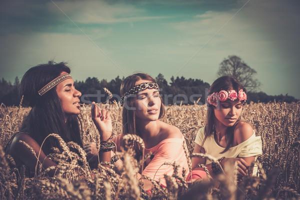 Hippie meisjes hemel meisje Stockfoto © Nejron