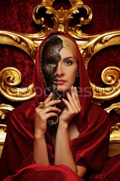 Mooie vrouw carnaval masker model hotel zwarte Stockfoto © Nejron