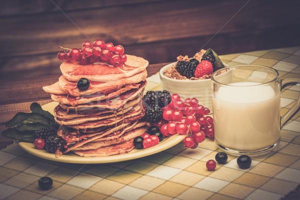 Stok fotoğraf: Sağlıklı · kahvaltı · krep · taze · karpuzu · süt