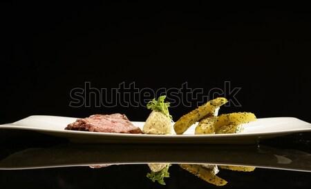Szeletek hús marinált uborkák étel tányér Stock fotó © Nejron