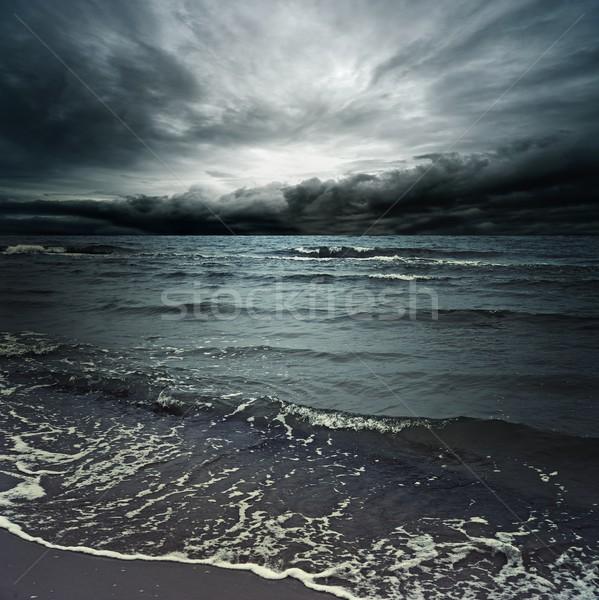 Fırtınalı bulutlar karanlık okyanus gökyüzü su Stok fotoğraf © Nejron