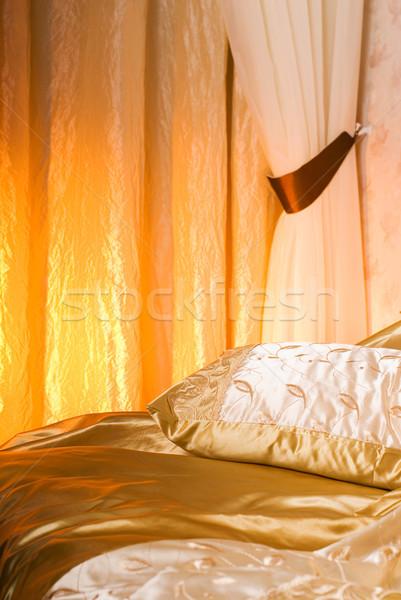 ストックフォト: 高級 · ベッド · インテリア · ホーム · ベッド · カーテン