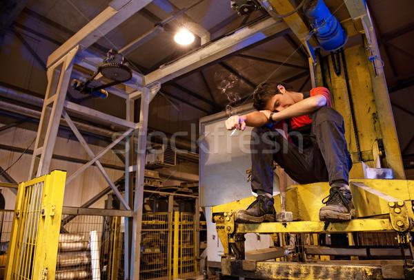 工場労働者 喫煙 建設 作業 金属 ルーム ストックフォト © Nejron
