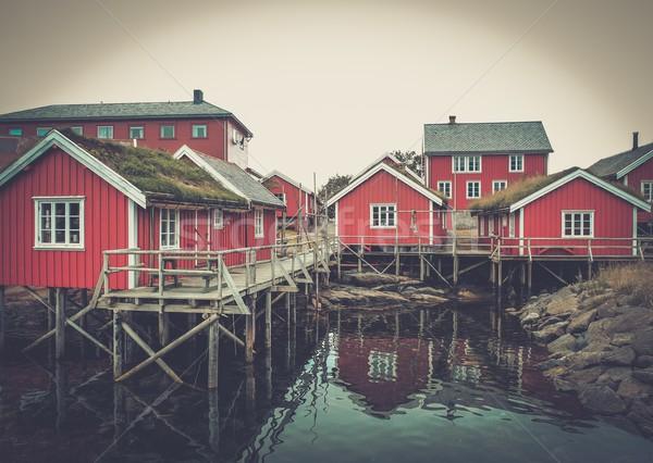 Hagyományos fából készült házak víz norvég falu Stock fotó © Nejron