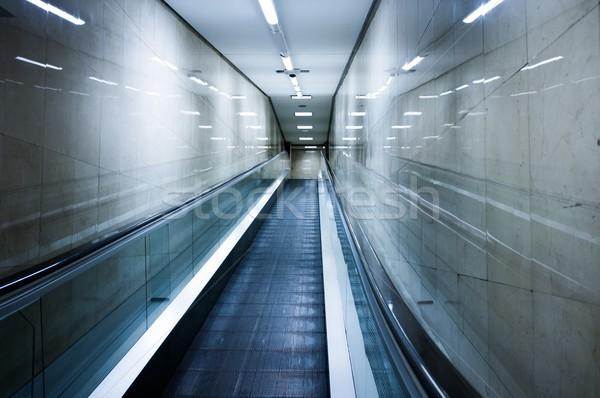 Roltrap binnenkant modern gebouw business ontwerp technologie Stockfoto © Nejron