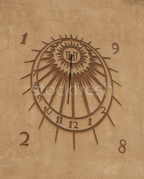 Słońce zegar strony ściany świetle Zdjęcia stock © Nejron