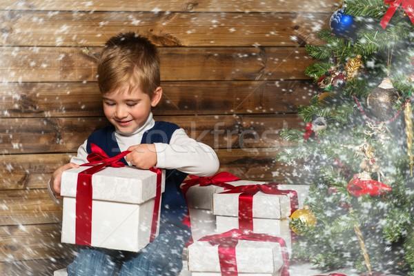 Stock fotó: Kicsi · fiú · nyitás · ajándék · doboz · karácsonyfa · fából · készült