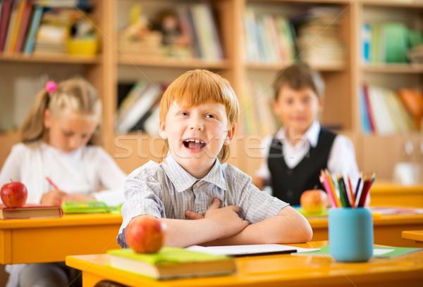 Stock fotó: Kicsi · vörös · hajú · nő · iskolás · fiú · mögött · iskola · asztal
