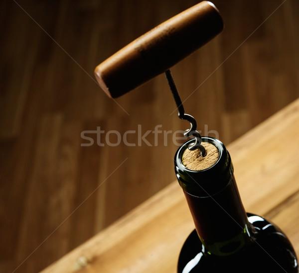 Opening wijnfles hout bar drinken Stockfoto © Nejron