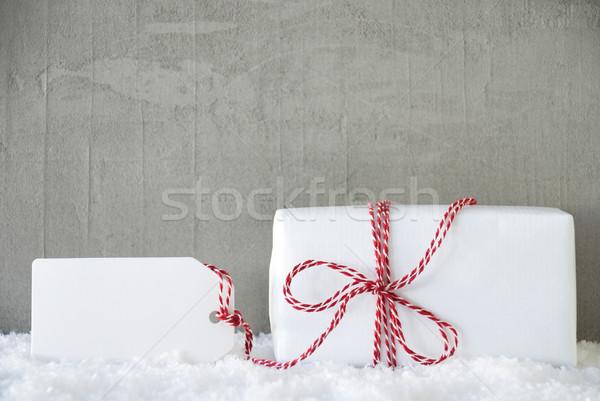 Uno regalo urbanas cemento espacio de la copia Navidad Foto stock © Nelosa