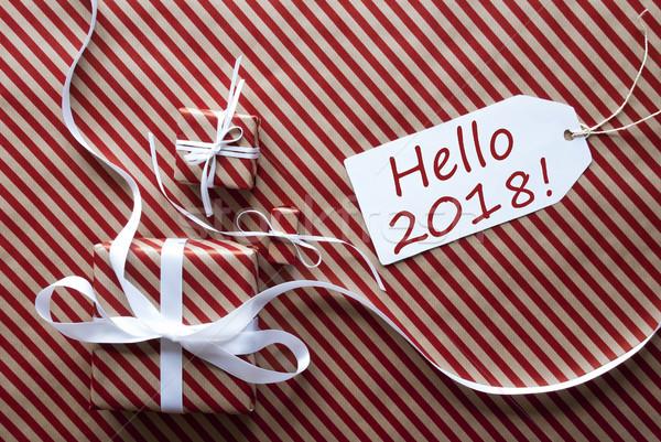 Dois presentes etiqueta texto olá presentes Foto stock © Nelosa