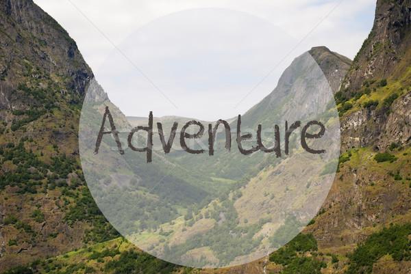 Vallei berg tekst avontuur Engels bergen Stockfoto © Nelosa