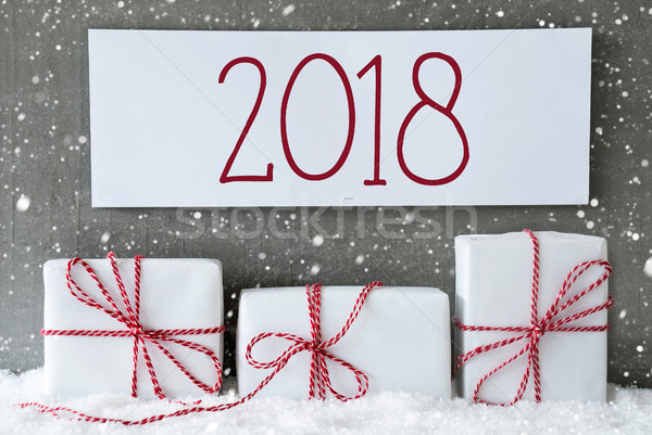 Foto d'archivio: Bianco · regalo · fiocchi · di · neve · testo · tre · Natale
