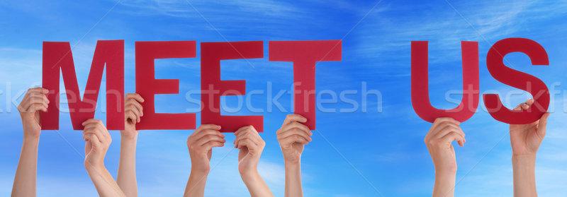 Ręce utrzymać czerwony prosto słowo spełniają Zdjęcia stock © Nelosa