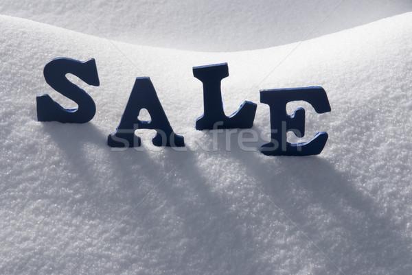 Niebieski słowo sprzedaży śniegu litery budynku Zdjęcia stock © Nelosa