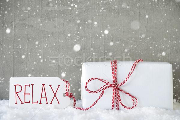 Regalo cemento fiocchi di neve testo relax uno Foto d'archivio © Nelosa