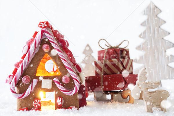 pain d 39 pice maison orignal arbre flocons de neige paysages photo stock. Black Bedroom Furniture Sets. Home Design Ideas