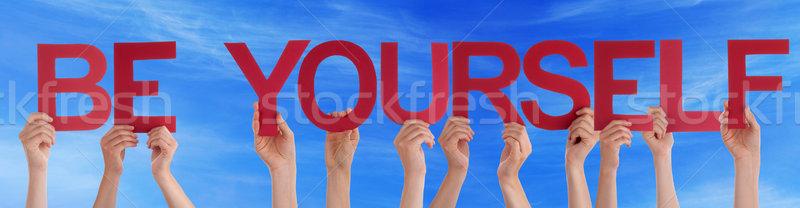 手 ホールド 赤 ストレート 言葉 あなた自身 ストックフォト © Nelosa