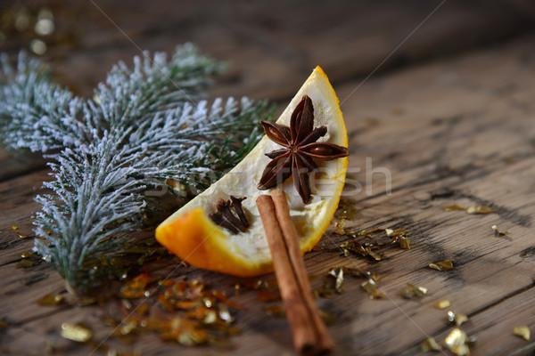 Stock fotó: Karácsonyi · étel · dekoráció · narancs · fahéj · csillámlás · fenyő