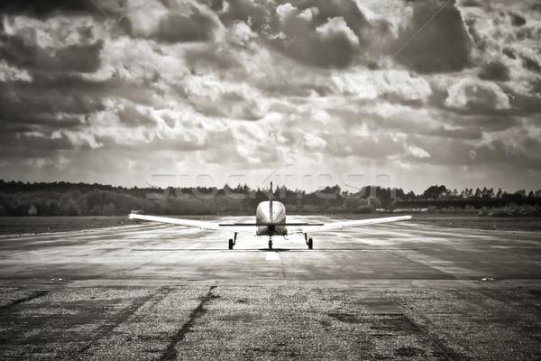 嵐の 離陸 セピア プロペラ 航空機 ストックフォト © nelsonart