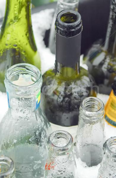 стекла рециркуляции бутылок зеленый напитки Сток-фото © nelsonart