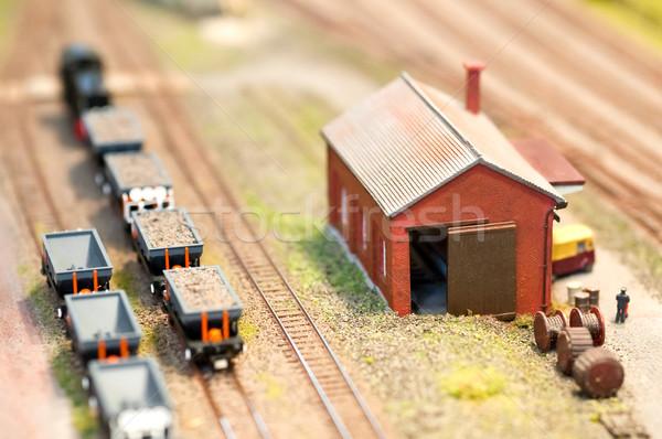 Vonat épület miniatűr szett sekély mélységélesség Stock fotó © nelsonart
