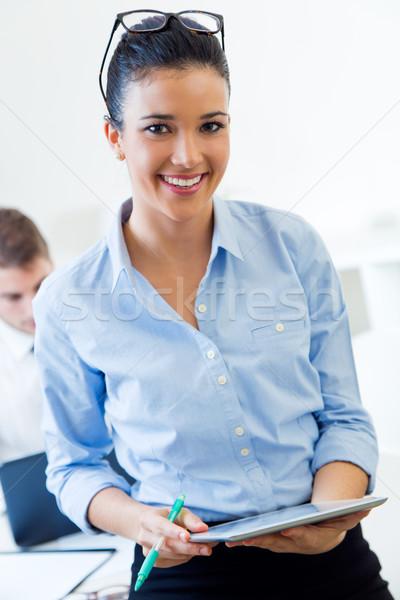 Gente de negocios de trabajo oficina digital tableta retrato Foto stock © nenetus