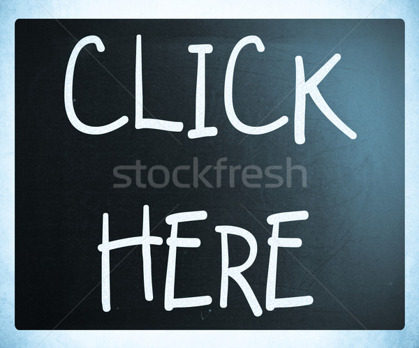 Haga clic aquí blanco tiza pizarra ratón Foto stock © nenovbrothers