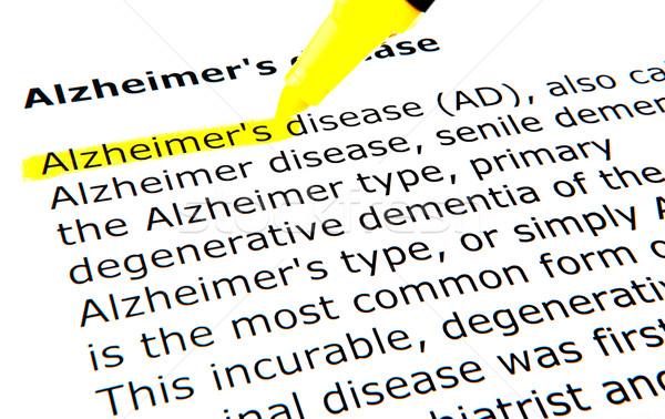 Alzheimer-kór toll oktatás agy fehér irat Stock fotó © nenovbrothers