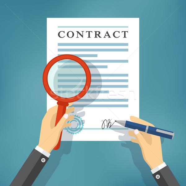 Strony umowy lupą podpisania inspekcja ręce Zdjęcia stock © Neokryuger
