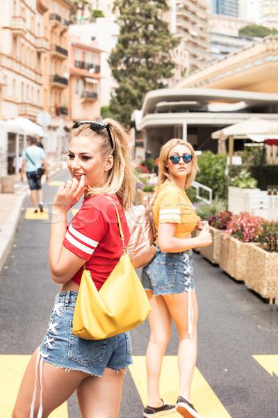 Heureux filles été temps belle Photo stock © NeonShot