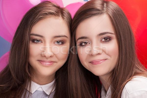 Portrait deux soeurs belle adolescentes femme Photo stock © NeonShot